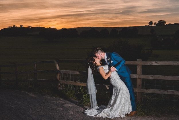 Bride & Groom at Dusk | The Mustcard