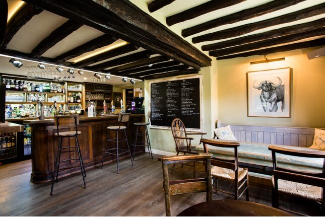 Inside Pub | The Mustcard