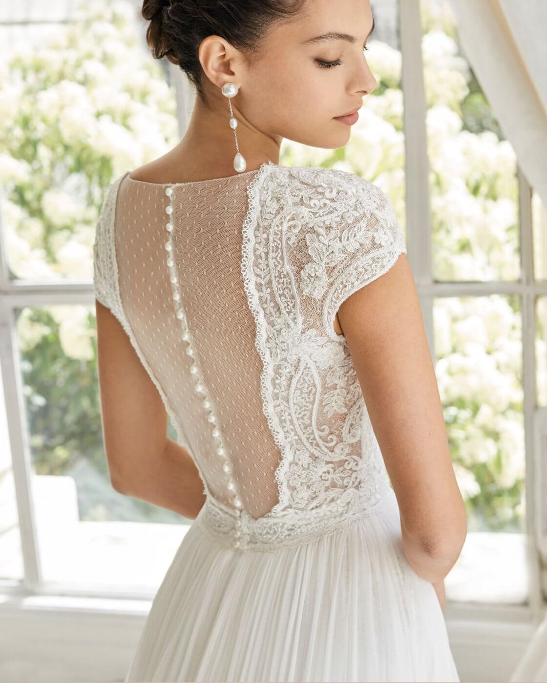 Wedding Dress   The Mustcard