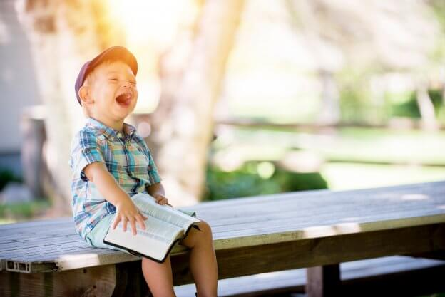 Child Laughing | The Mustcard