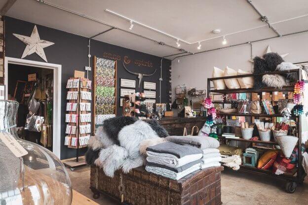 Sass & Spirit Store | The Mustcard