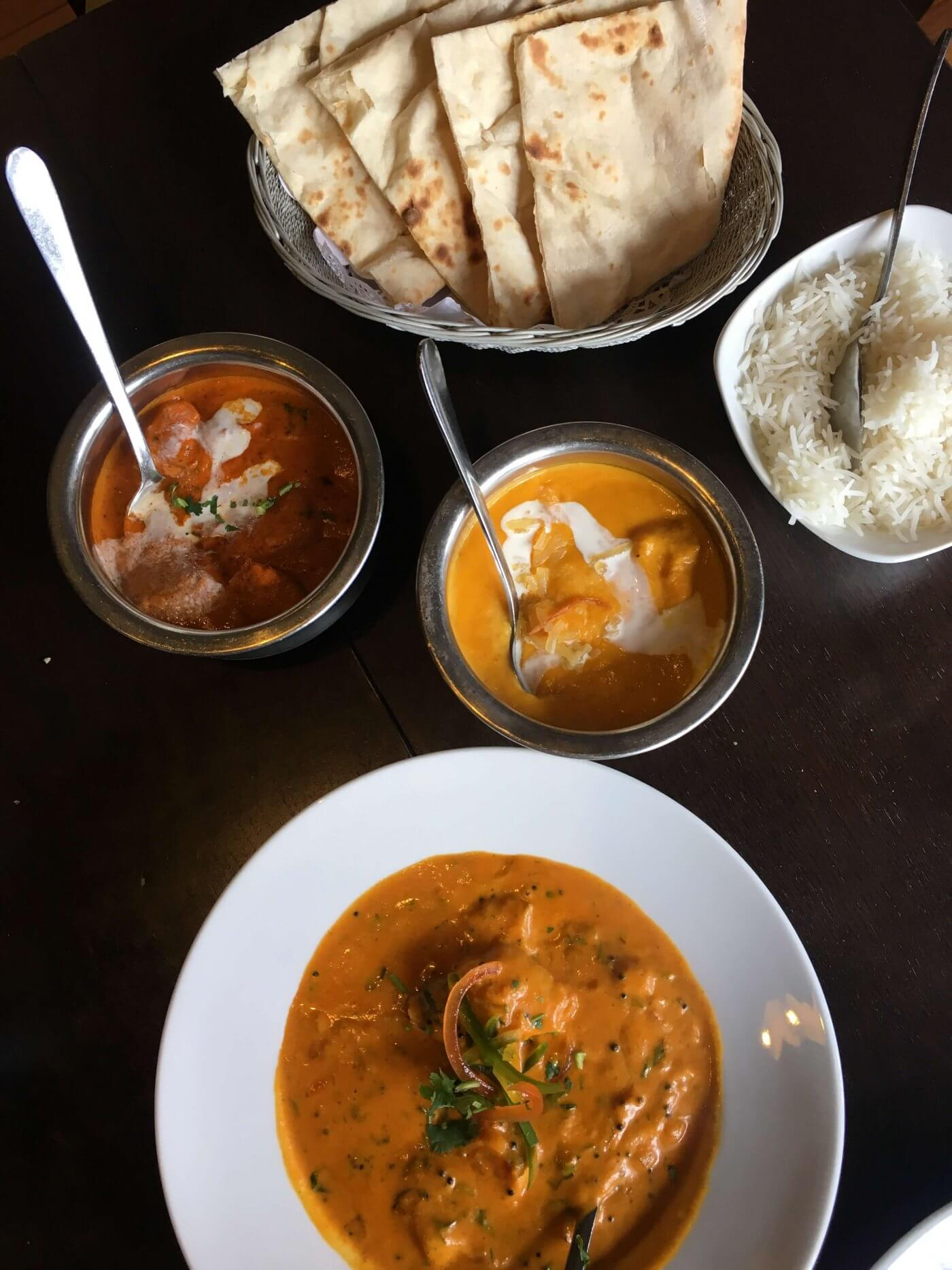 Curry & Naan | The Mustcard