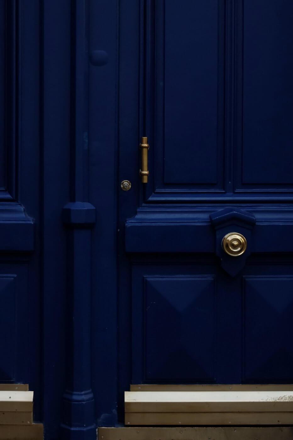 Blue Door | The Mustcard