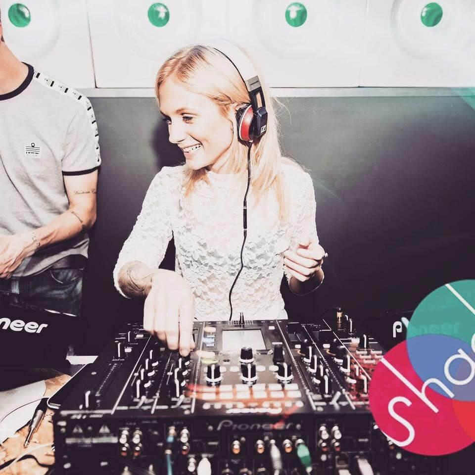 DJ | The Mustcard