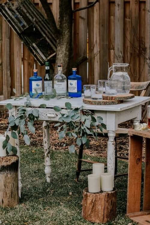 Gin on Table | The Mustcard