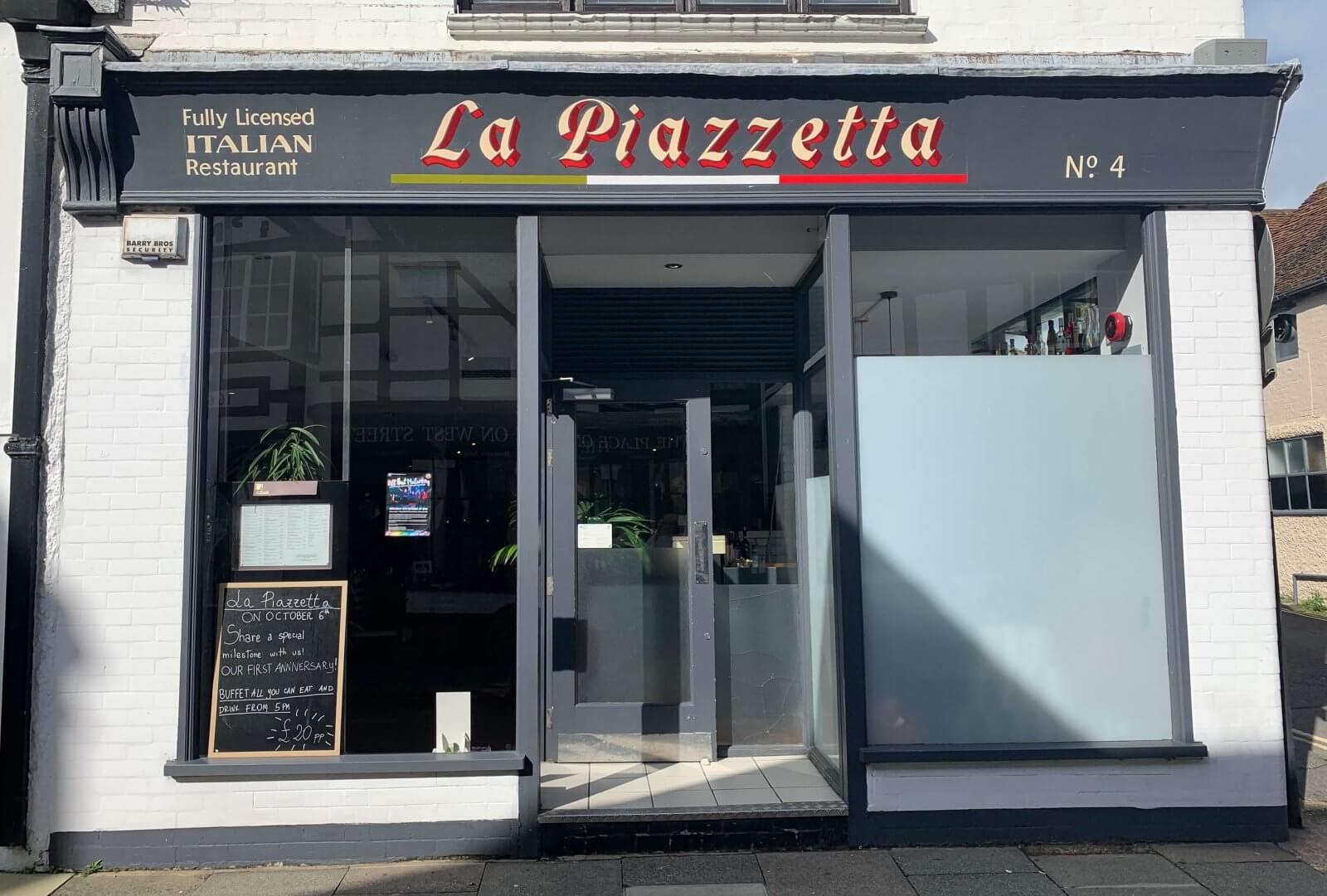 La Piazzetta | The Mustcard