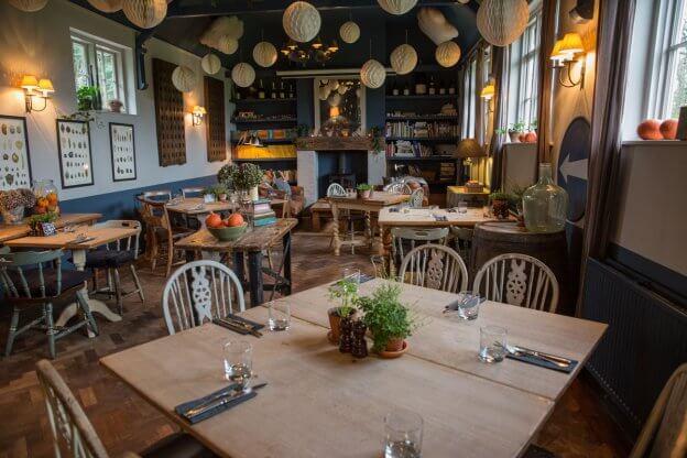 Noah's Ark Inn Dining Area | The Mustcard