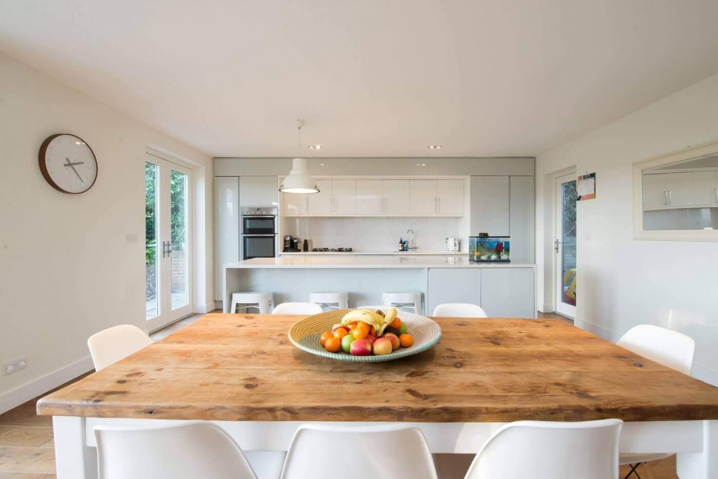 Minimalistic Kitchen | The Mustcard
