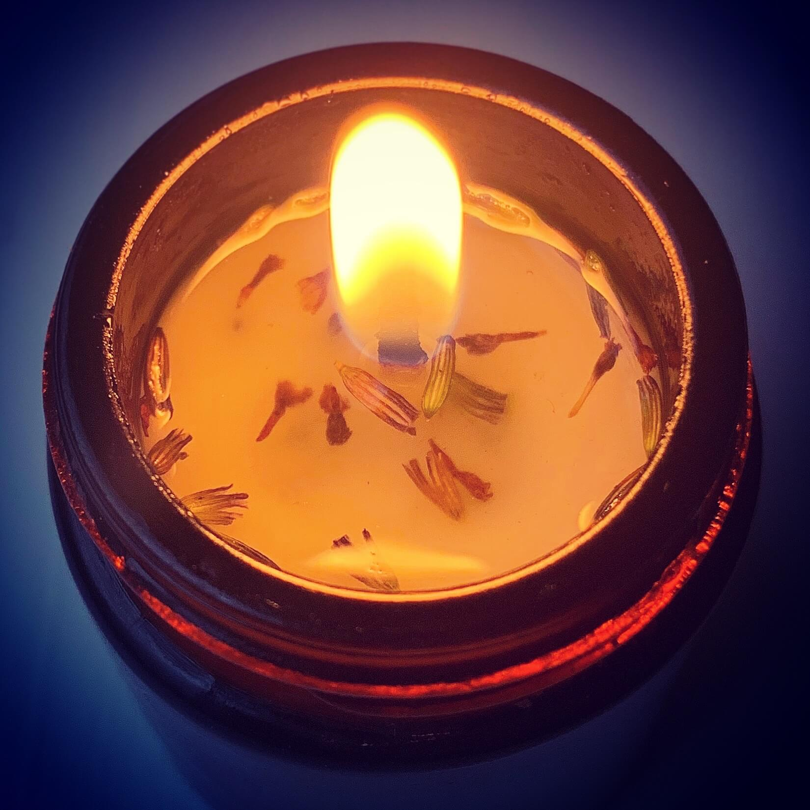 Candle Lit | The Mustcard